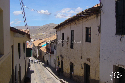 2010 Cuzco rues-35