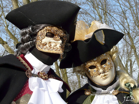 Masques 2009-68
