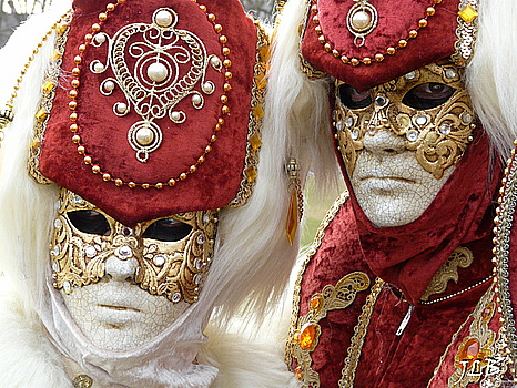 Masques 2009-80