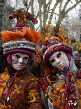 Masques 2009-172