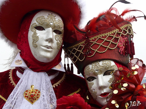 Masques 2009-187
