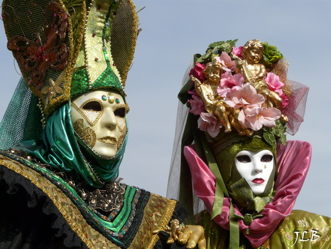 Masques 2009-217