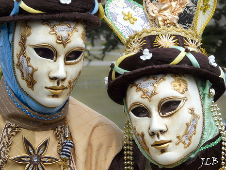 Masques 2009-259