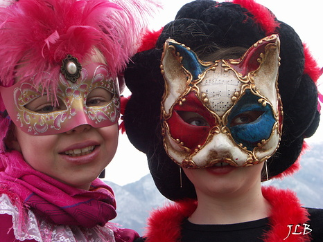 Masques 2009-285