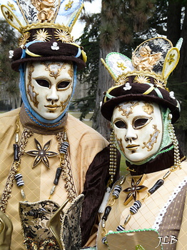 Masques 2009-472