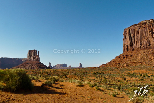 Monument Valley-18