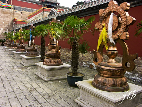 Temple Puningsi - 2005-11
