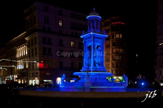 Lyon by night-15