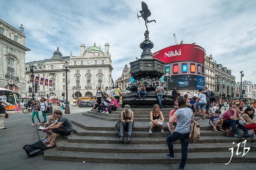 Piccadily circus-1