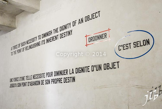 Lawrence Weiner-1