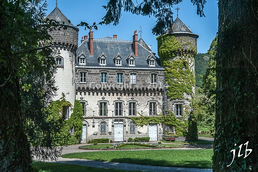 Chateau de Marmanhac-1
