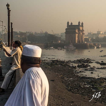 GATEWAY OF INDIA - MUMBAI-1