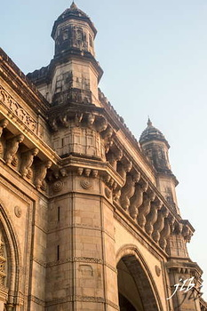 GATEWAY OF INDIA - MUMBAI-6