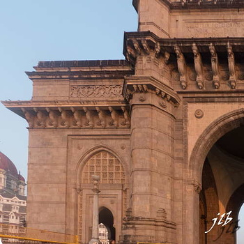 GATEWAY OF INDIA - MUMBAI-17