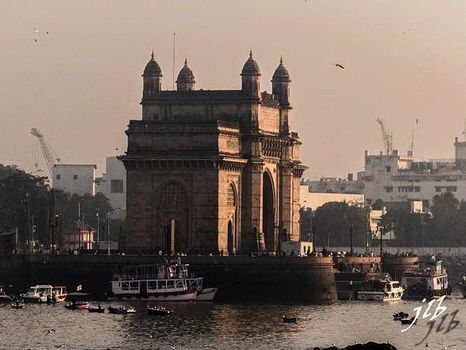 GATEWAY OF INDIA - MUMBAI-23