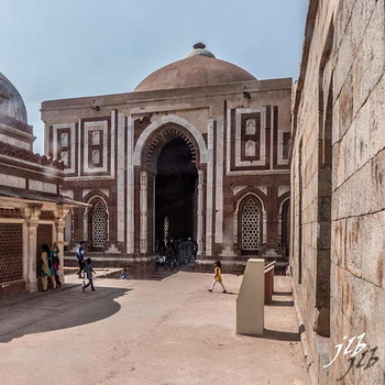 TOMB OF IMAN ZAMIN - QUTB COMPLEX - NEW DELHI-1