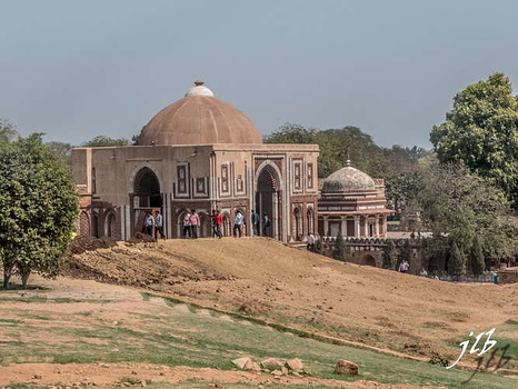 TOMB OF IMAN ZAMIN - QUTB COMPLEX - NEW DELHI-3
